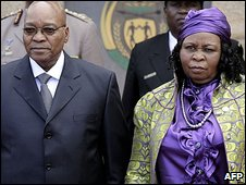 Jacob Zuma Accompanied By His First Wife To The Presidential Inauguration Day